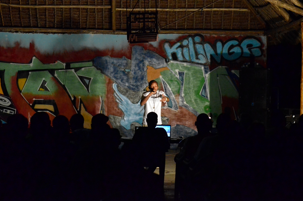 Hip Hop as Social Commentary in Accra and Dar esSalaam