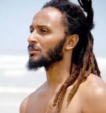 """Wanlov The Kubolor Addresses Colorism through Personal Experience in """"MySkin"""""""